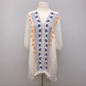 Lightweight embroidered tunic   M/L